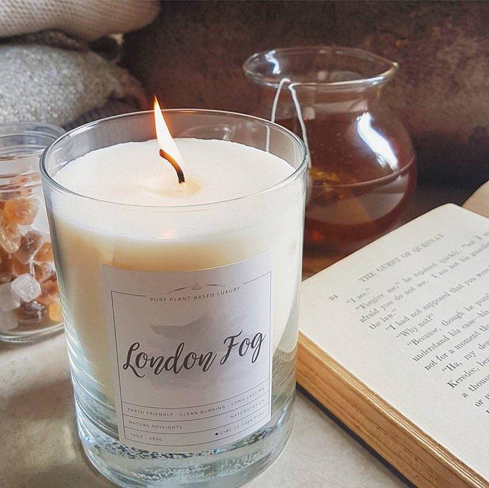 London Fog Warm vanilla and soothing bergamot.