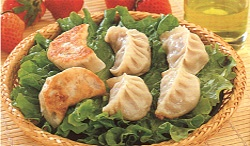 https://0901.nccdn.net/4_2/000/000/07a/dbb/014_fried_dumpling-250x146.jpg