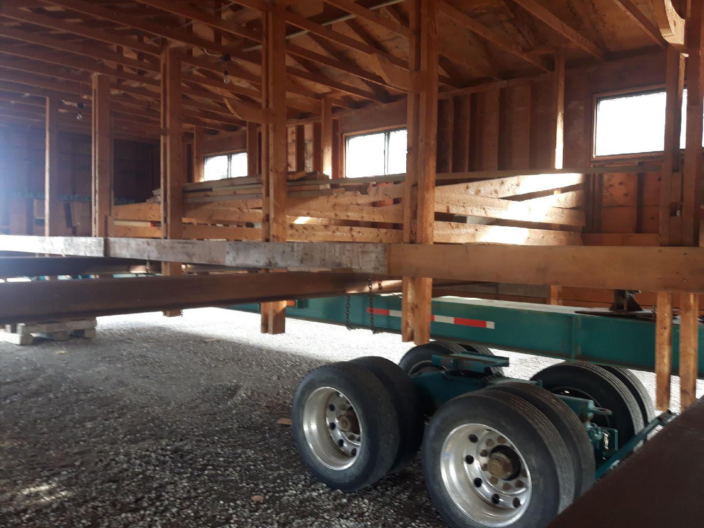 https://0901.nccdn.net/4_2/000/000/07a/dbb/barn-opposite-side-with-stalls.jpg