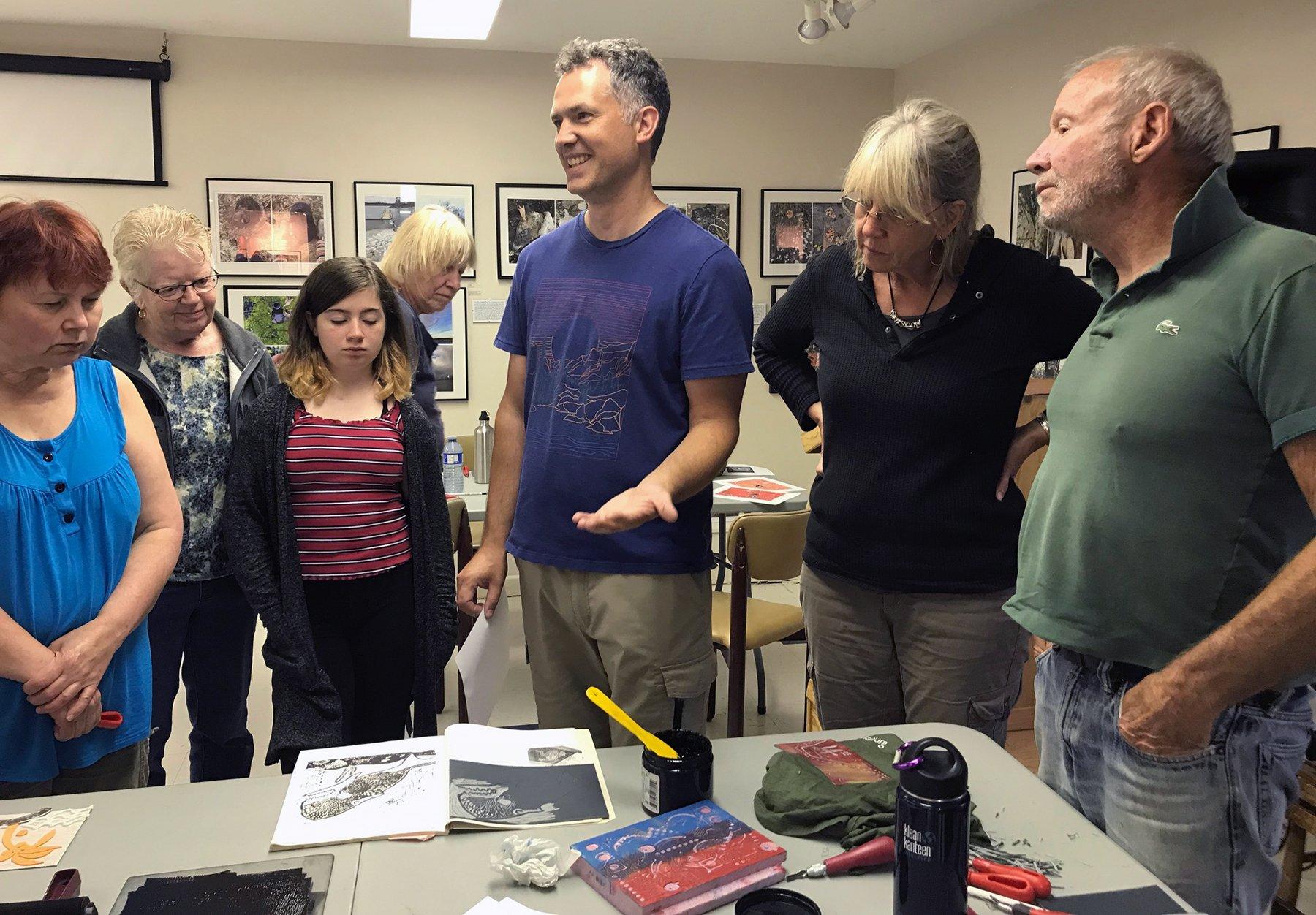 Art Instructor Michael McEwing teaching a weekend relief print-making workshop in 2019.