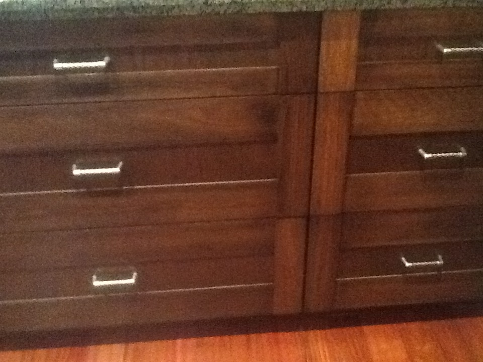 Sample kitchen drawer for style