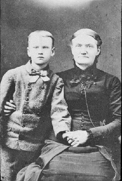 Amos and Elizabeth Plummer Saunders