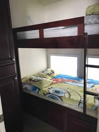 https://0901.nccdn.net/4_2/000/000/081/4ce/Bedroom2-200x267.jpg