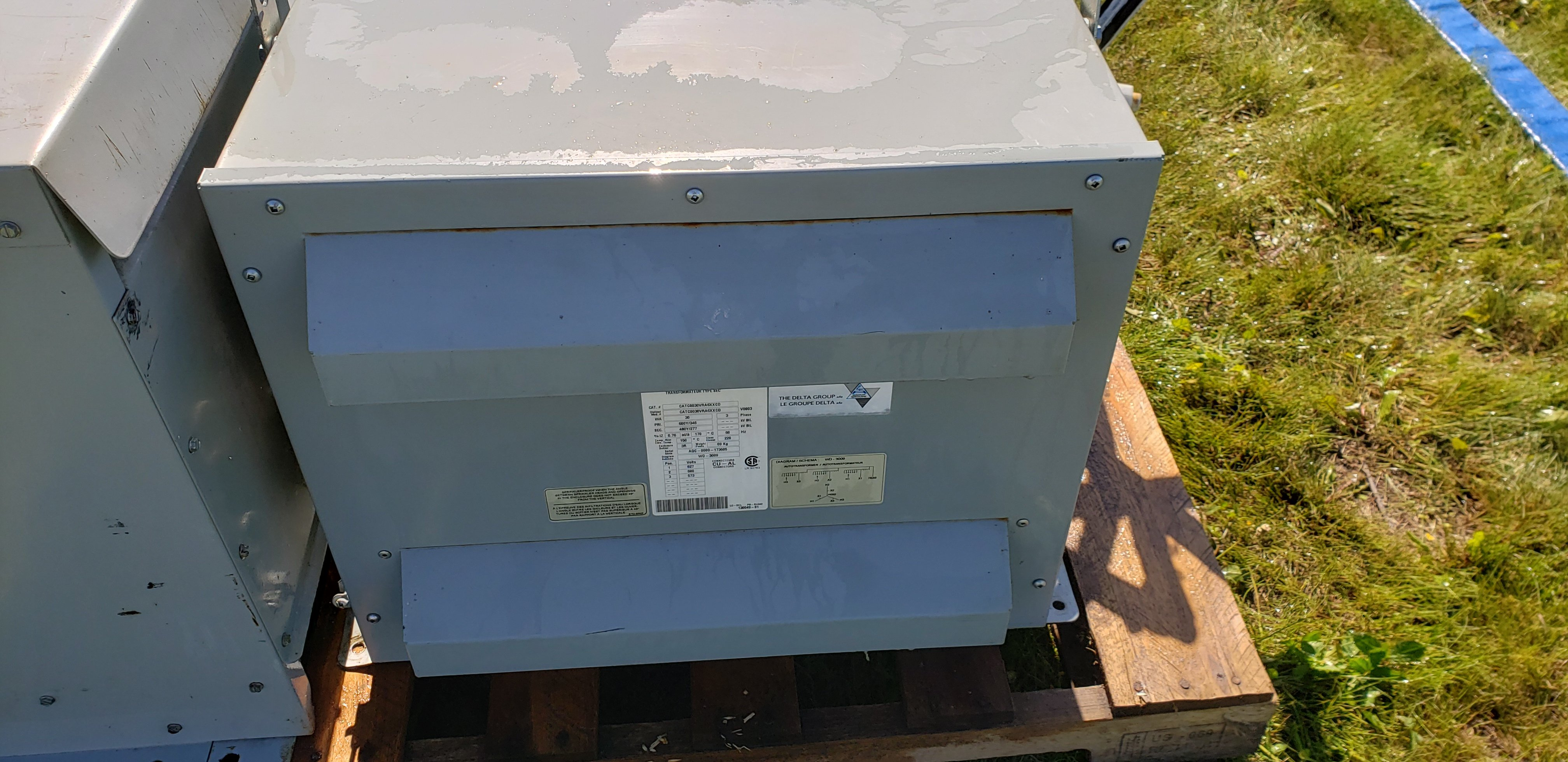 Dry Type Transformer. 3 phase, 60 Hz. Autotransformer