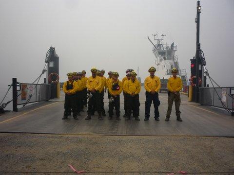 https://0901.nccdn.net/4_2/000/000/082/8ea/aug-16-francois-lake-firefighters-from-mexico.jpg