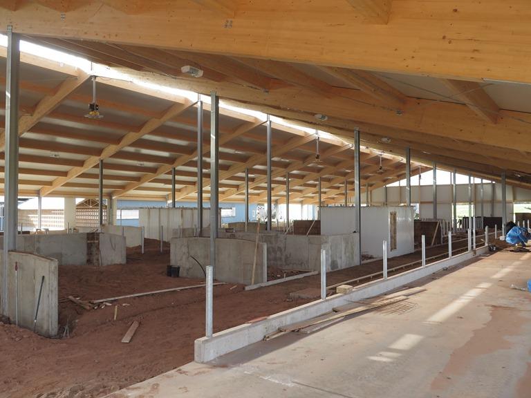 2015 PEI - Robot Dairy barn