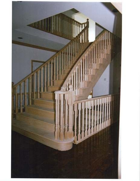 Circular red oak stairs