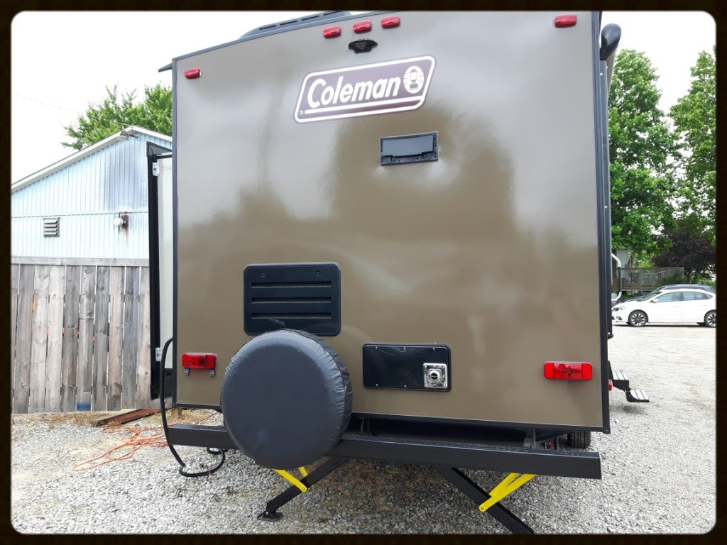 Coleman 2915RK Travel Trailer RV
