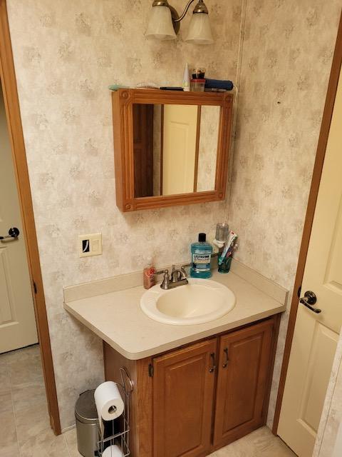 https://0901.nccdn.net/4_2/000/000/087/132/bathroom-2.jpg