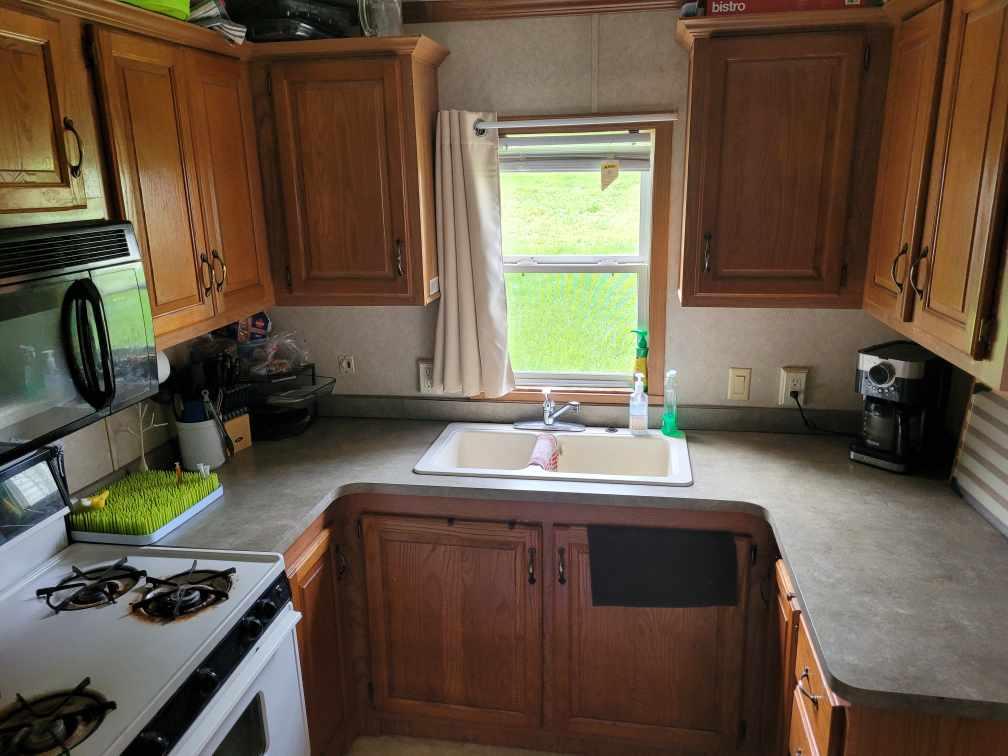 https://0901.nccdn.net/4_2/000/000/089/63b/kitchen.jpg