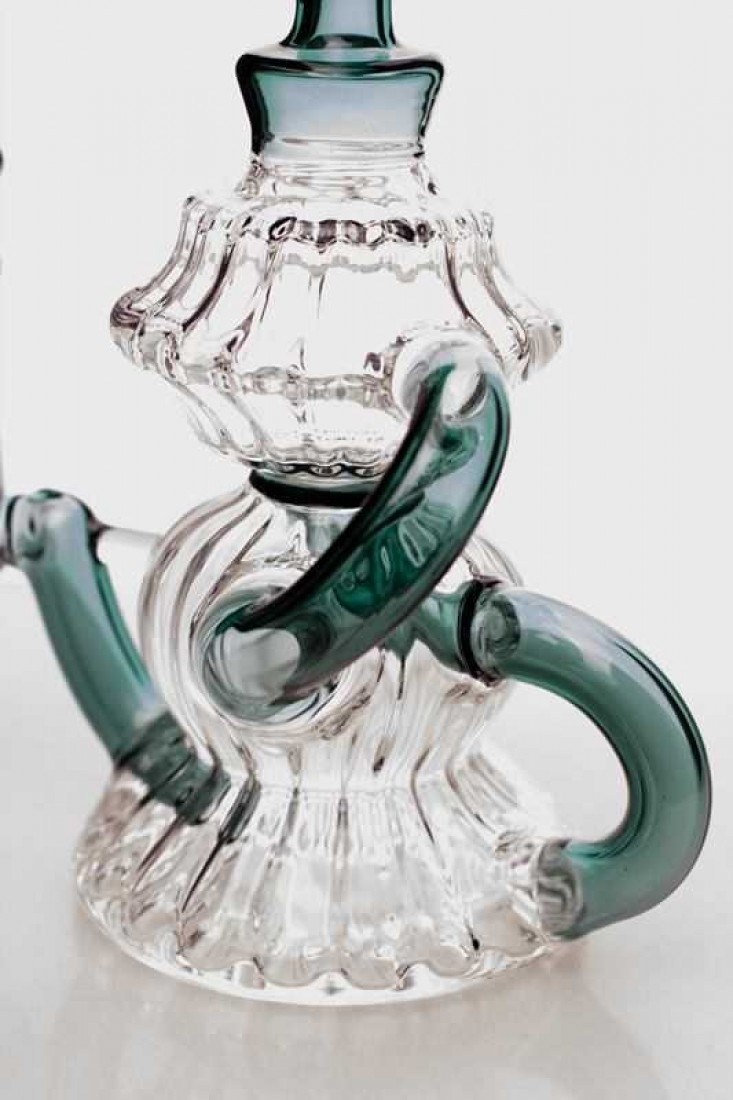 """7 in. [Genie] arabian pot shape recycled teal bubbler SKU:3501      Height :7""""     Thick round bowl for 14 mm female joint     Thickness : 4.4 mm     Base : 3""""     Bent Neck     Arabian pot shape"""