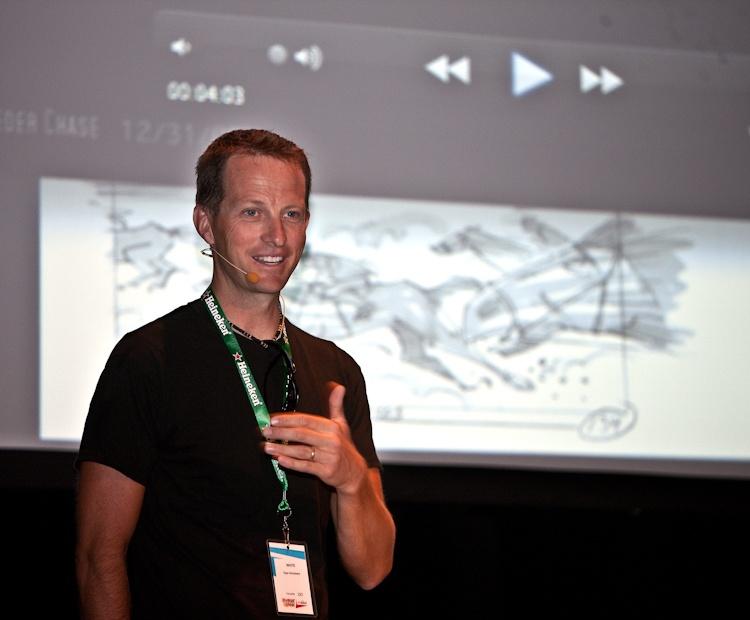 Ryan Woodward  Conférence à la salle  Méduse  5 août 2011 X3055