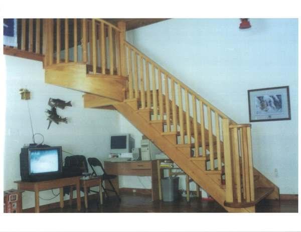 Circular pine stair